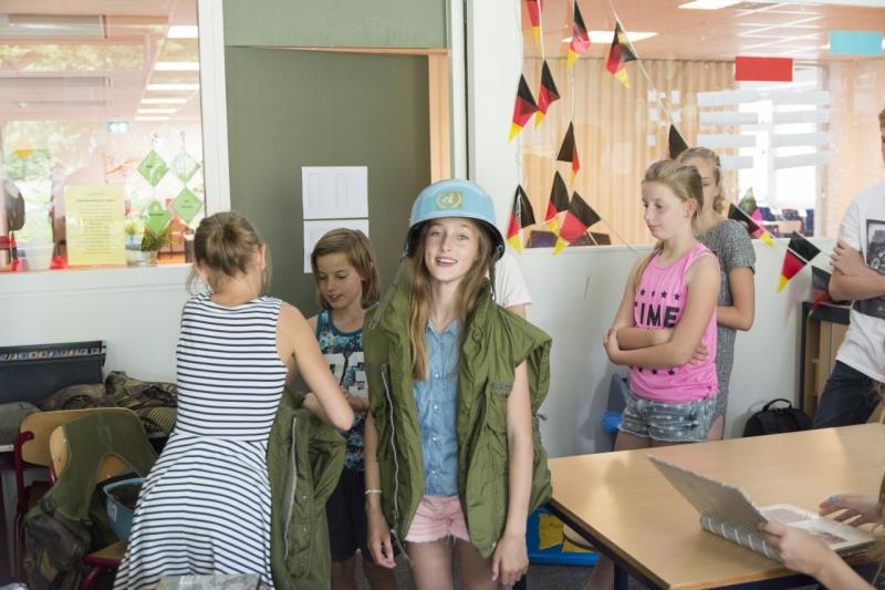 2301616-Joannesschool Groessen-Veteranen voor de klas-015 (1280x853)